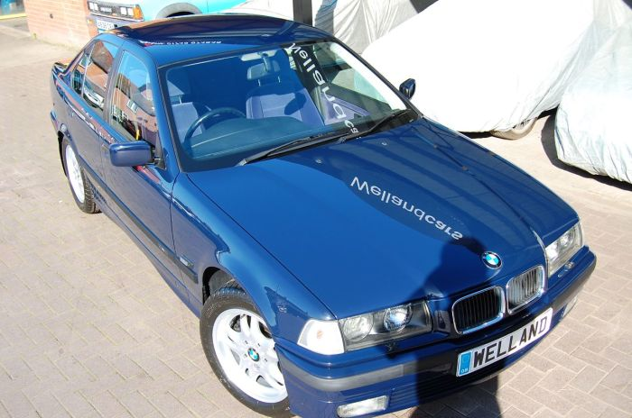 BMW 3 Series 2.5 325TDS AUTO SE 1 DOCTOR OWNER & ONLY 22,000 MILES RARE COLLECTOR CLASSIC Saloon Diesel Dark Blue