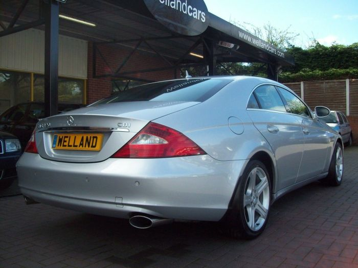 Mercedes-Benz CLS 3.0 CLS320 CDI 4dr Tip Auto Air Suspension,Comand,Full Leather,32k Miles, Full MB S/H, 1 Previous Owner Coupe Diesel Silver