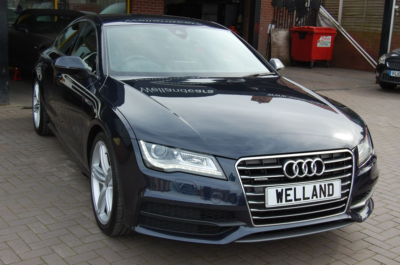 Audi A7 S LINE 3.0TDI QUATTRO AUTO 1 FORMER KEEPER HUGE SPECIFICATION F/AUDI S/H Hatchback Diesel Blue at Welland Cars Shrewsbury