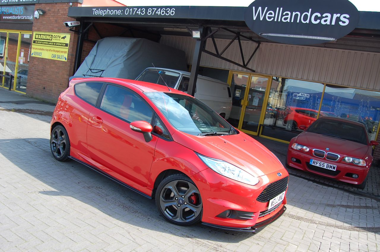 Ford Fiesta 1.6 ST-2 TURBO TRC KIT STAGE 2 REMAP 260 BHP RARE STYLING OPTIONS Hatchback Petrol Orange at Welland Cars Shrewsbury