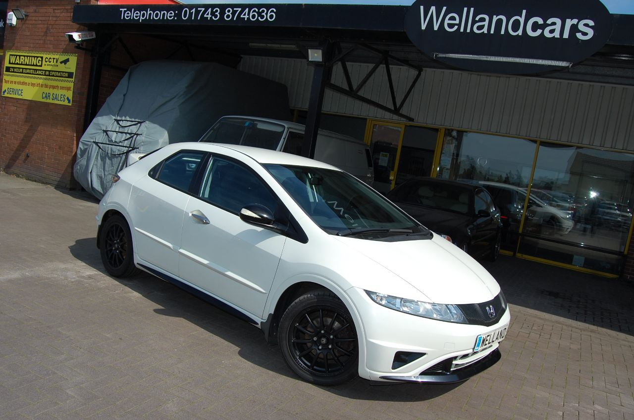 Honda Civic 1.4i VTEC Ti BRITISH TOURING CAR INSPIRED SPECIAL EDITION ONLY 46K Hatchback Petrol White at Welland Cars Shrewsbury