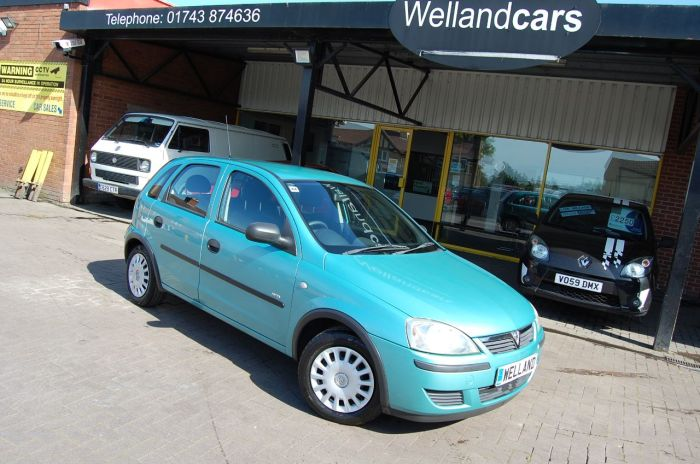 Vauxhall Corsa 1.2i 16V LIFE - LOW MILES- CHEAP TAX / INSURANCE- IDEAL 1ST CAR Hatchback Petrol Green